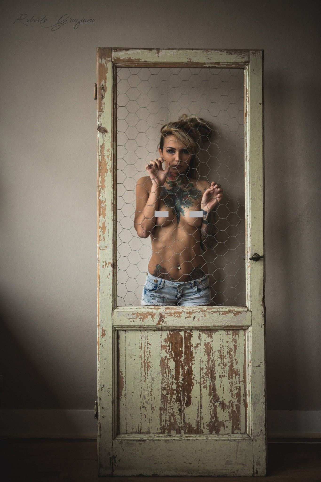 felisja-piana-eros-fishball-suicidegirl-porta