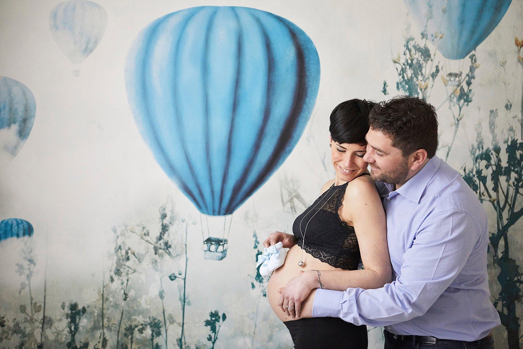 fotografia maternity di una mamma in gravidanza fotografo maternity