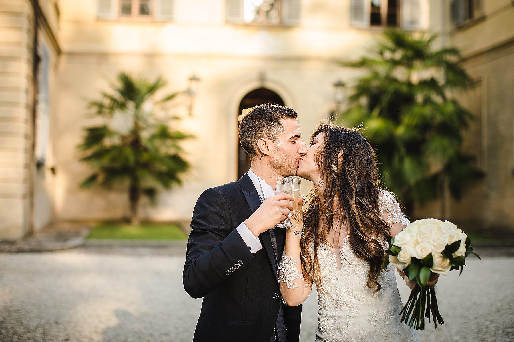 brindisi degli sposi a Villa di Corte
