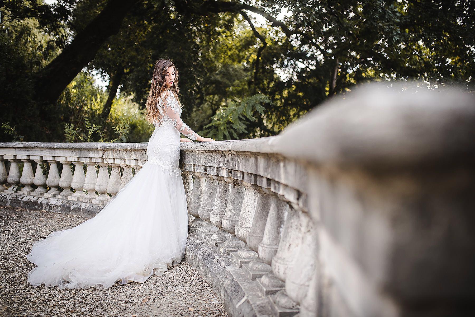 bellissimo vestito sposa fotografato a Firenze