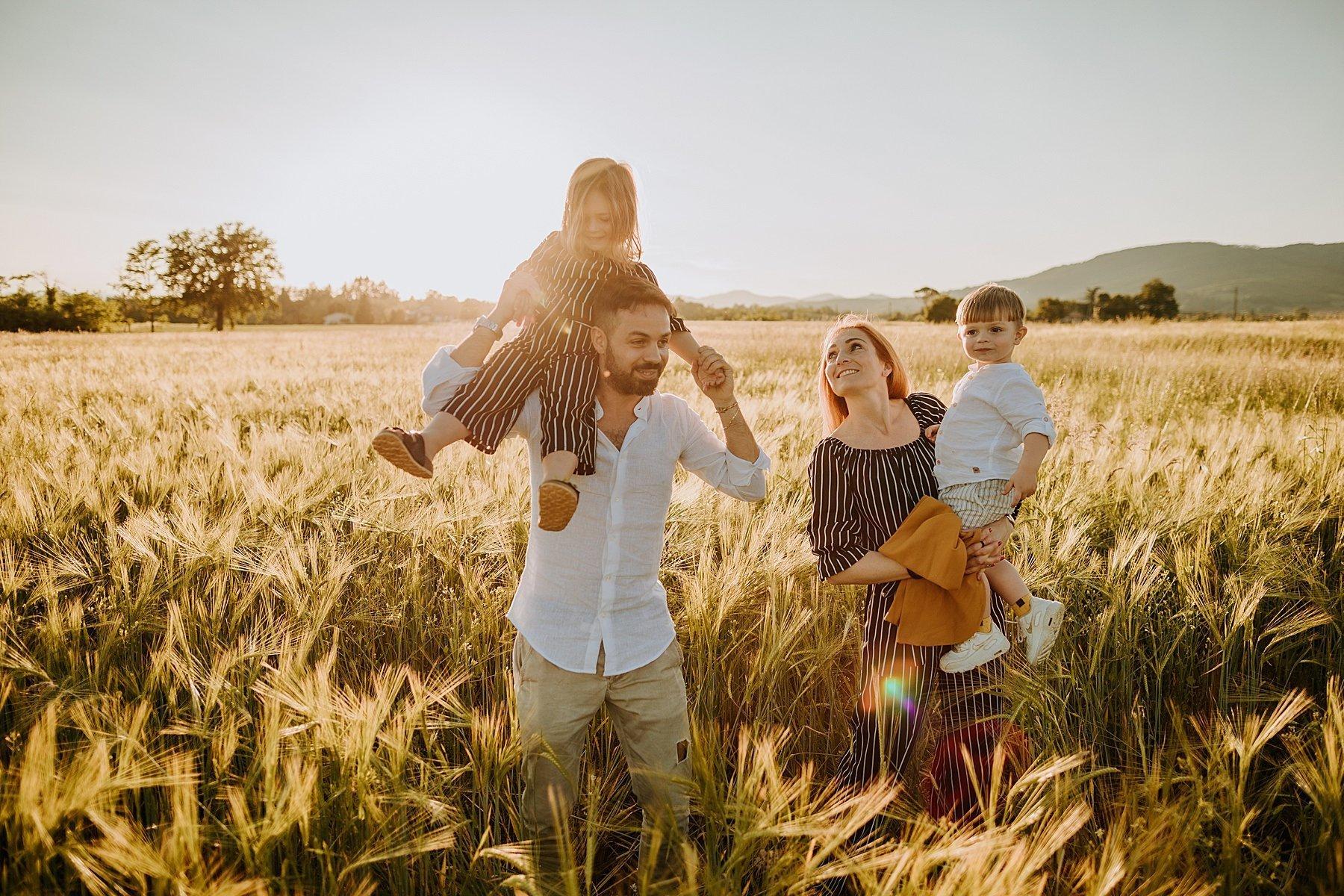 servizio fotografico per famiglia nel mugello 47