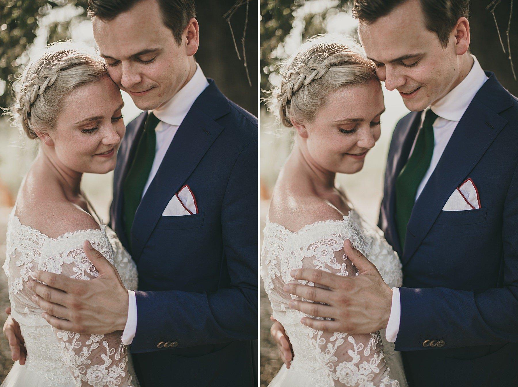 momento di emozione tra gli sposi