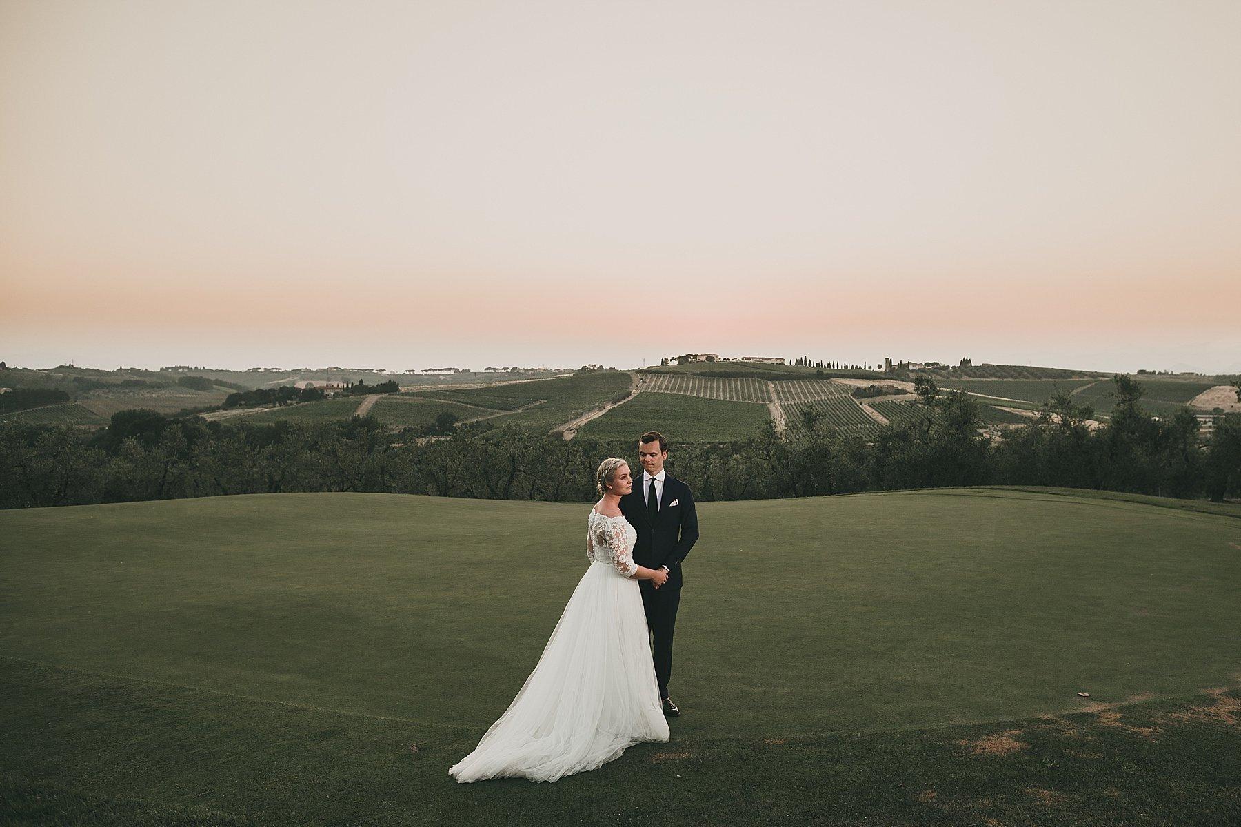 Sposi al tramonto in Toscana