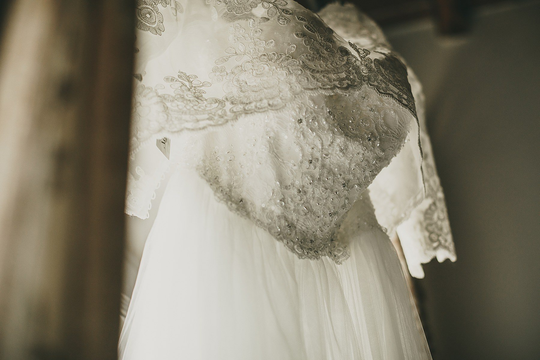 Dettaglio della stoffa dell'abito da sposa